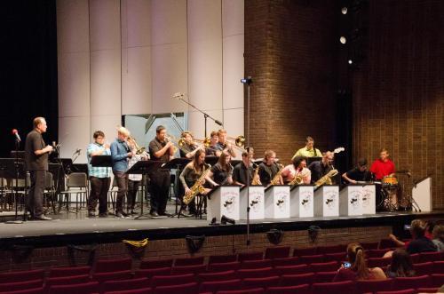 Jeff HS Jazz Band provides pre-show entertainment