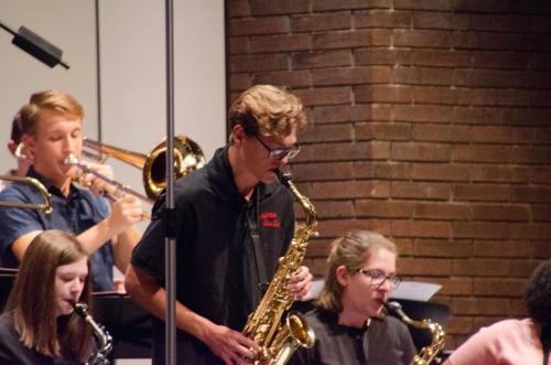 Jeff HS Jazz Band provides pre-show entertainment