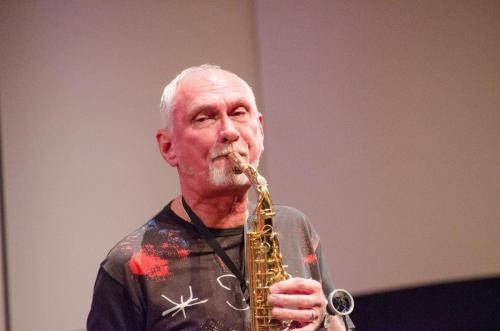 Guest soloist Howie Smith on the saxophone